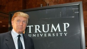 Donald Trump, scandalo finta università: patteggia 25 milioni di dollari