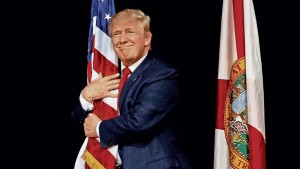 """Donald Trump, suo nonno espulso da Germania: """"grazie"""" a lui è cittadino Usa"""