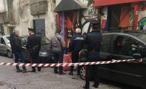 Guarda la versione ingrandita di Ercolano: botte tra carabinieri e giovani centri sociali, un contuso