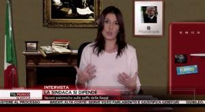 """Tg Porco, Virginia Raggi-Sabina Guzzanti: """"Roma paralizzata? Governano i romani, chiedete a loro"""""""