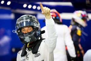 F1, ritiro Nico Rosberg apre il mercato piloti: Vettel in Mercedes?