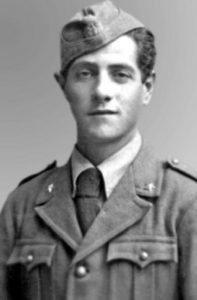 Giuseppe Giannola, aviere: fucilato tre volte dagli americani nel 1943, morto nel suo letto a 99 anni