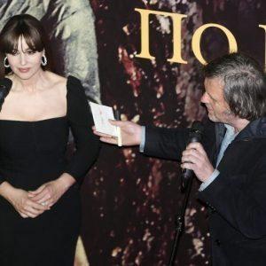 Monica Bellucci, 52 anni, bellezza senza tempo