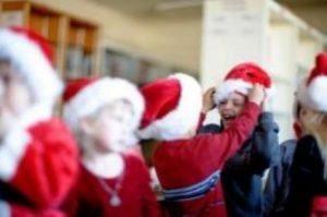 """Brescia, bambini non cantano """"Astro del ciel"""" per non offendere altre fedi: polemica"""