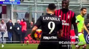 VIDEO - Lapadula-Niang lite per battere rigore in Milan-Crotone
