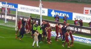 YOUTUBE Roma festeggia vittoria derby contro Lazio