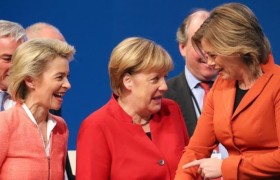 Donne al comando, in Germania, ma col quid, Merkel umilia Trump, Renzi, Hollande & C.
