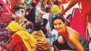 Alessandra Moretti assente per malattia. E' al matrimonio in India...FOTO