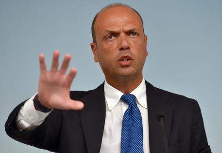 Alfano prevede le nuove elezioni a febbraio 2017