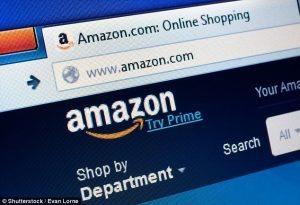 Attenti alla finta mail di Amazon: è truffa, vi rubano dati della carta di credito