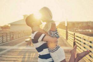 Amore, 10 segnali che è quello vero: 5 che è solo attrazione01