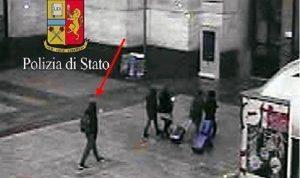 Anis Amri alla Stazione di Milano all'una di notte, 2 ore prima la sparatoria FOTO