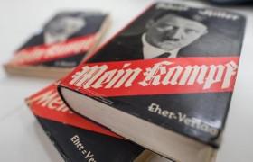'Mein Kampf' tra i libri preferiti dagli studenti<br /> Risultato choc al concorso indetto dal ministero