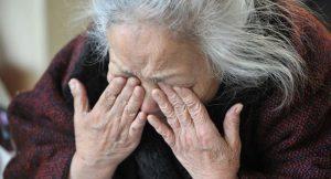 Catania, chiusa casa di riposo: anziani torturati, costretti a mangiare col naso turato...