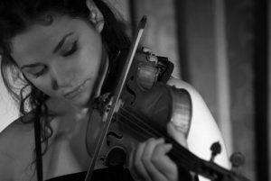Greta Medini morta, la violinista si è gettata da un viadotto dell'A3