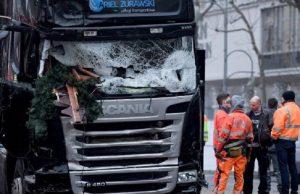 Berlino: eroe insegue attentatore e aiuta polizia ad arrestarlo