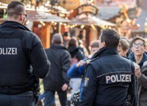 Attentato Berlino: polizia ferma...un altro sbagliato