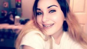 """Brandy Vela, 18 anni, si spara in petto: cyberbulli la chiamavano """"cicciona"""""""
