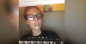 YOUTUBE Caitlin Stasey, star di Neighbours vede filmato e scopre selfie...