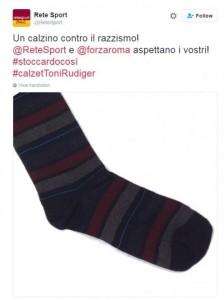 """Lulic insulta Ruediger, sul web spopola il calzino. """"#stoccardocosì"""" FOTO"""