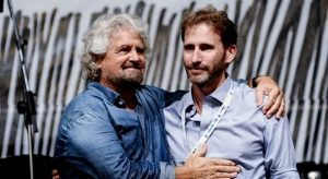 """Caos M5s Roma, Casaleggio frena Grillo: """"Salvare il soldato Virginia o affonda Di Maio"""""""