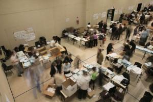 Castelnuovo di Porto, commissariato mega seggio dei voti esteri del referendum
