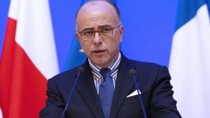 Bernard Cazeneuve nuovo primo ministro francese al posto di Valls