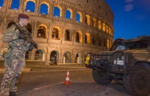 Capodanno: sos attentato, paura autobomba. Roma blindata, Amri cercava...
