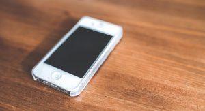 iPhone: ecco il video di 5 secondi che blocca i dispositivi iOS