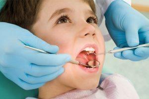 """""""Lavoro gratis in cambio di dentista per miei figli"""". Appello di un padre su Fb"""