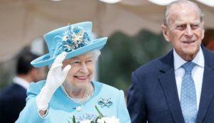 Regina Elisabetta malata? Vacanze di Natale rinviate