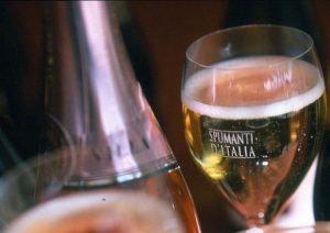 """Oltrepò pavese, 600mila litri di vino nella fognatura: """"E' un atto vandalico"""""""