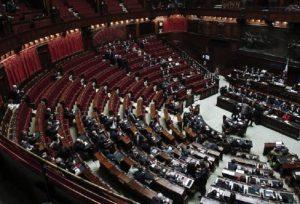 Gentiloni alla Camera, Aventino di M5s, Lega Nord e anche Ala