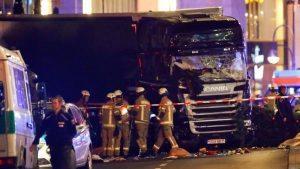 """Berlino, Isis rivendica: """"Autore strage è nostro soldato"""""""