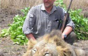 Luciano Ponzetto: cacciatore contestato per la foto del leone ucciso, muore cacciando
