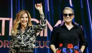 Nemicamatissima, ascolti tv super: Lorella Cuccarini e Heather Parisi vincono la serata