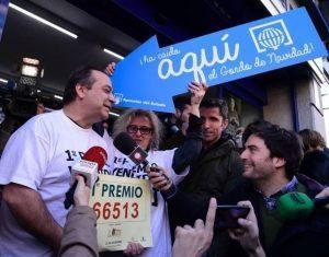Spagna, socialisti e comunisti vincono 56 mln alla lotteria di Natale