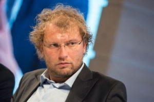 Luca Lotti, ministro indagato (violazione segreto d'ufficio). L'inchiesta Consip