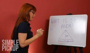 YOUTUBE Attrici a luci rosse risolvono calcoli matematici sedute sul...