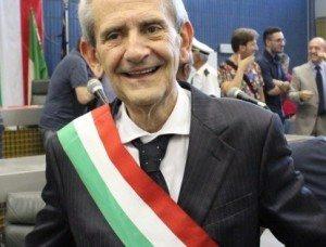 "Franco Metta, sindaco Cerignola, denuncia ""dono da 20mila euro"""