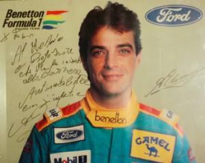 Alessandro Nannini, ex pilota si cappotta con l'auto e finisce fuori strada