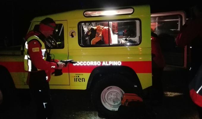 Torino, finisce in un dirupo a Castelnuovo Nigra e muore