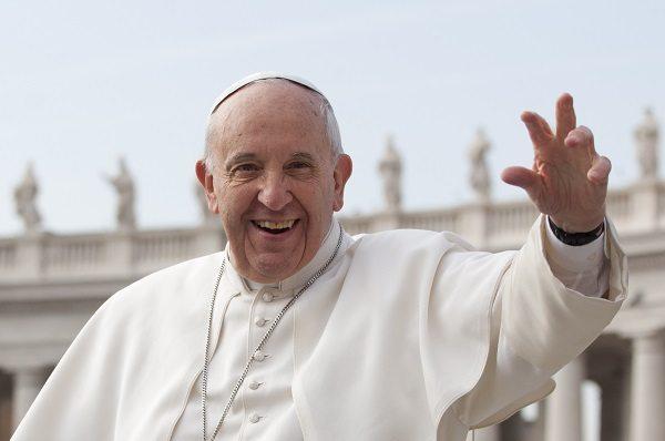 Papa Francesco shock: