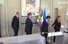 Pippo Civati al Quirinale per la prima volta: si confonde con le uscite…VIDEO