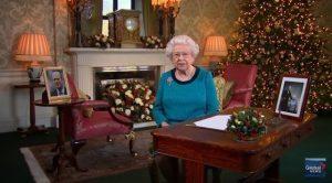 """Regina Elisabetta, il messaggio di Natale: """"Dobbiamo avere coraggio"""""""