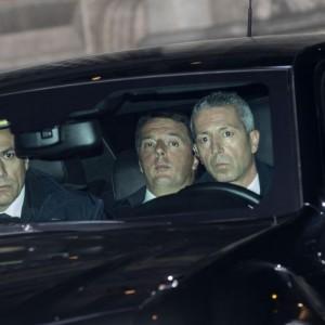 Governo di responsabilità o elezioni, idea Renzi. Mattarella cauto: niente voto prima della riforma elettorale