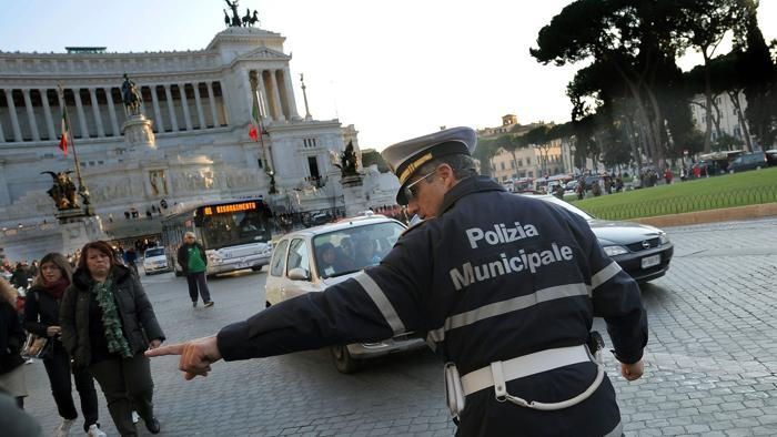 Blocco del traffico mercoledì 14 dicembre Roma, Milano, Torino. Info e orari