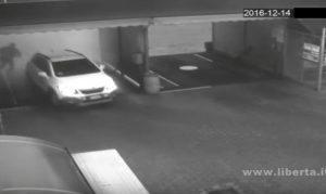 YOUTUBE Autolavaggio Piacenza: proprietario lava auto, ladro la ruba