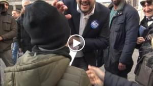 """Matteo Salvini elogia il bimbo che dice """"Non vogliamo extracomunitari"""""""