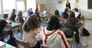 Ladispoli, fuga di gas a scuola: sgomberati 200 bambini